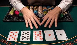 Online Gambling Query Does Dimension Matter?