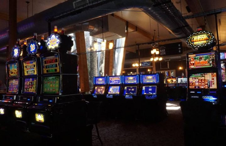 Using Four Casino Methods Like The Professionals
