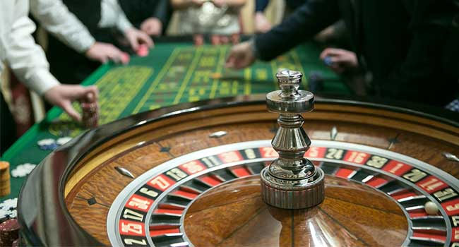 How I Improved My Online Gambling In In the future